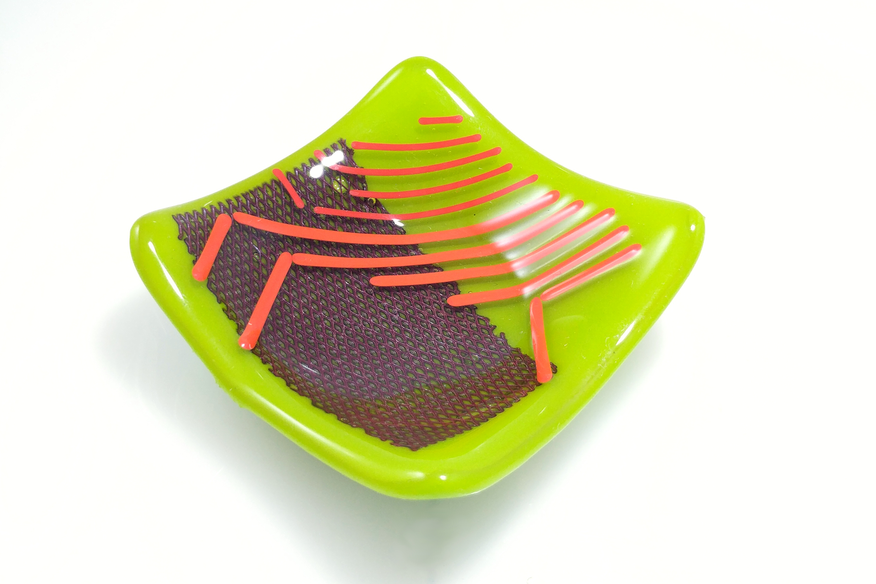 glass plate with copper mesh